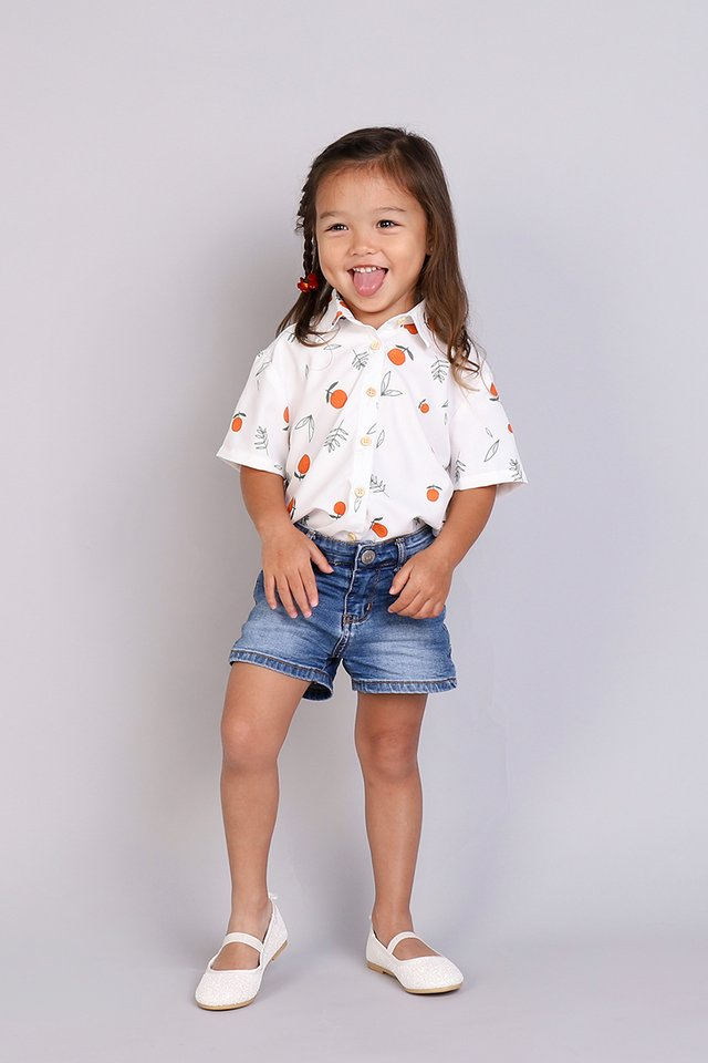 Everyday Adoration Shirt In White Prints