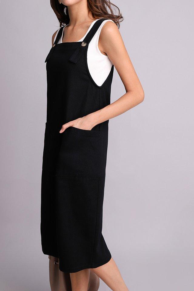 Adventures Of Huckleberry Dress In Classic Black