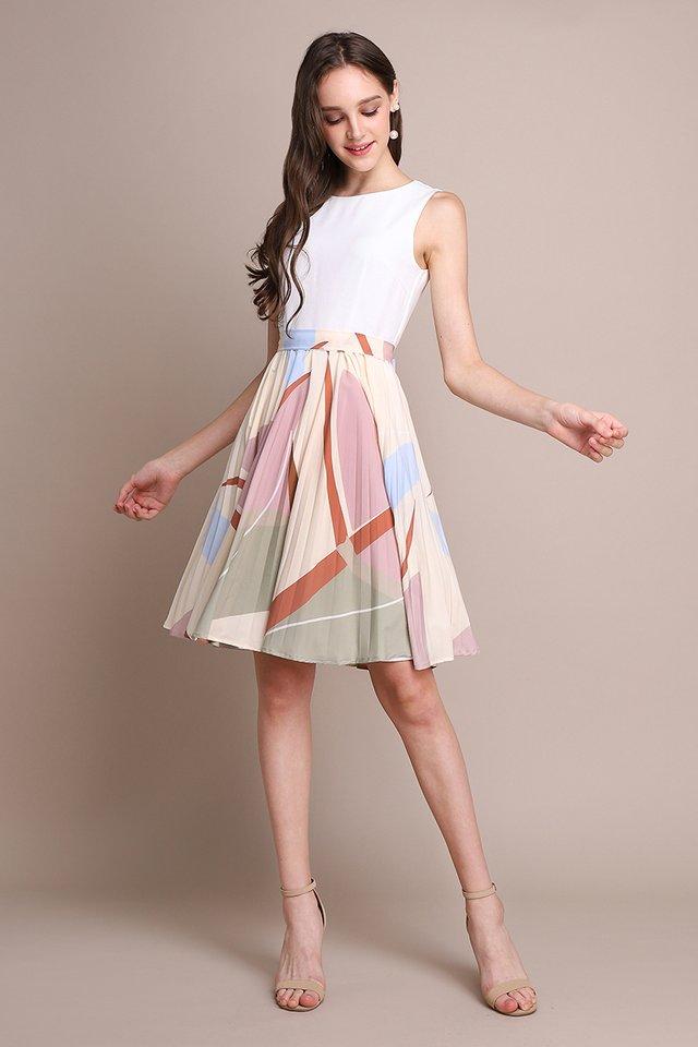 Arcade Puzzle Dress In Cream Prints