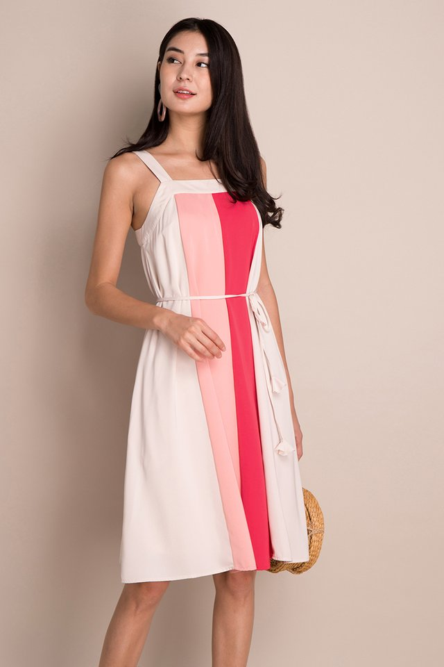 French Palette Dress In Strawberry