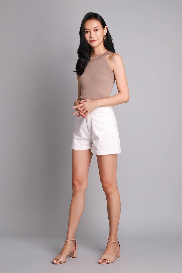 Oliver Shorts In Classic White