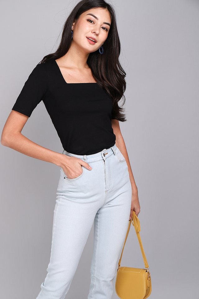 Carrie Top In Classic Black