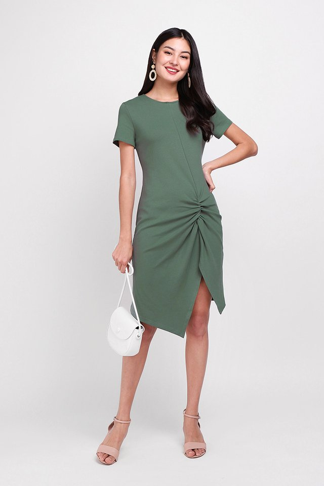 Weekender Dress In Fern Green