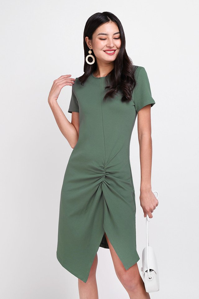 Weekender Dress In Fern Green