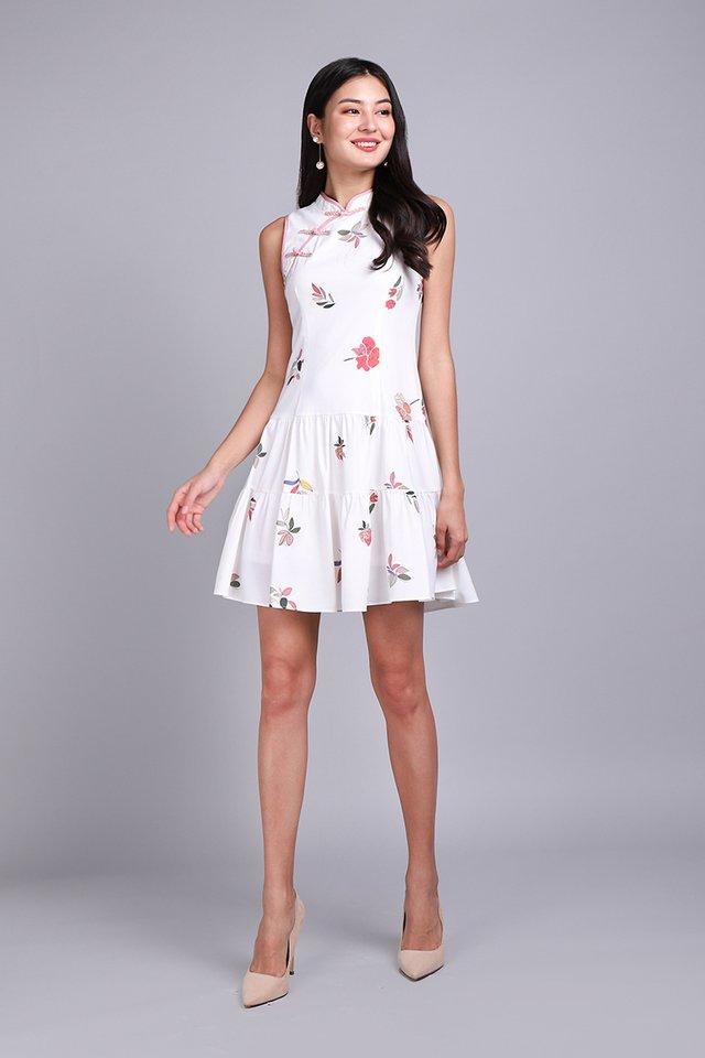 Spring Kisses Cheongsam Dress In White Florals