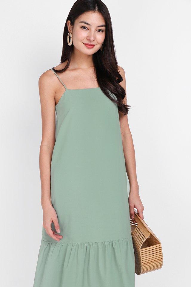 Weekend Guide Dress In Sage Green