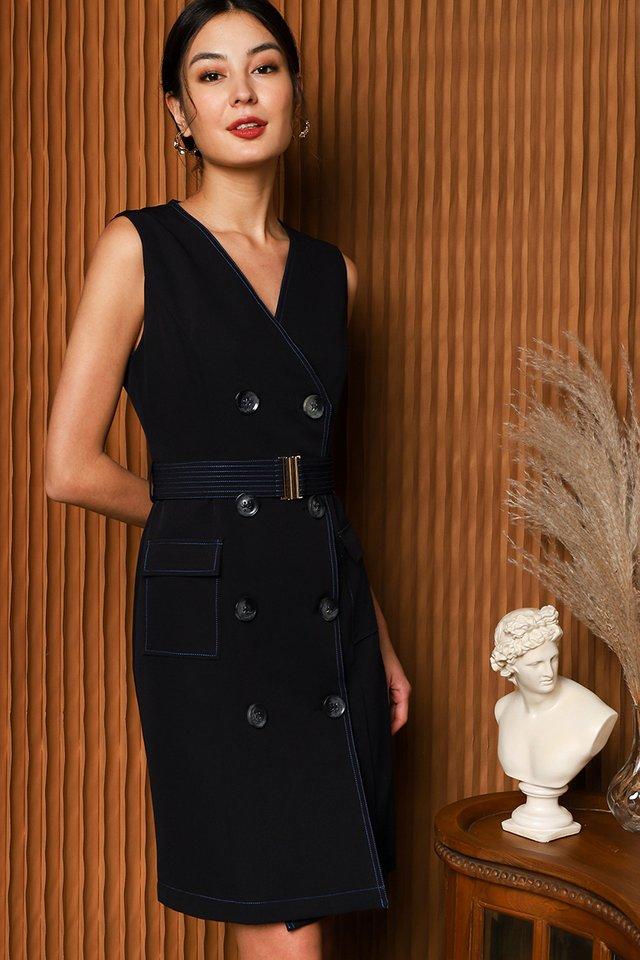 Cosmopolitan Style Dress in Classic Black