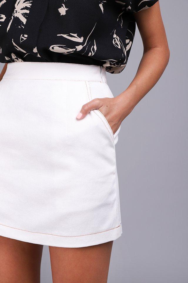 Path Ahead Skirt In Fresh White