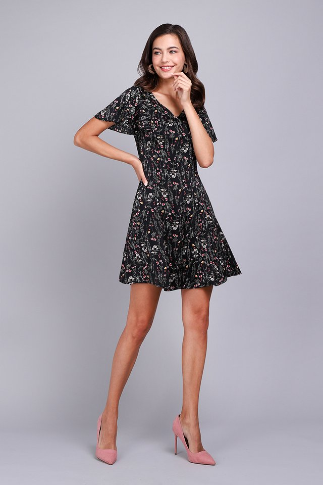 Summer Merriment Dress In Black Florals