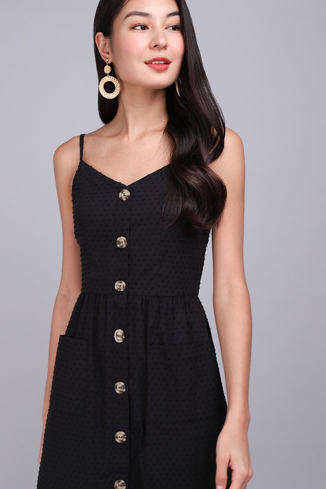 Dressing For Sunshine Dress In Classic Black