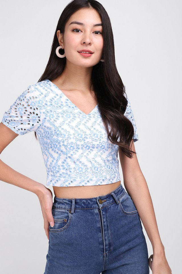 Day Tripping Top In Sky Eyelet