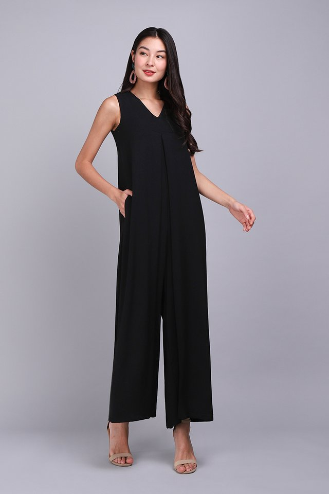 [BO] Chic Runway Romper In Classic Black