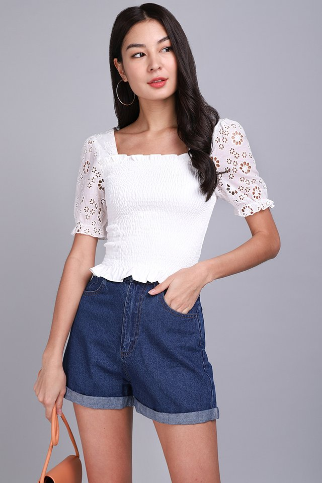Love Debut Top In Floral Eyelet
