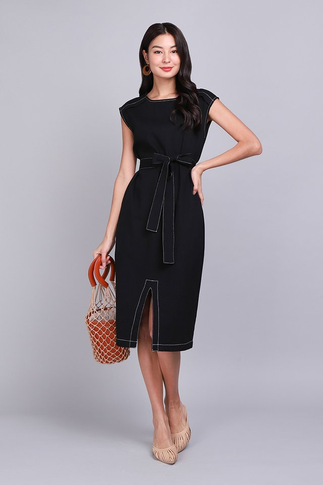 Big City Moment Dress In Classic Black