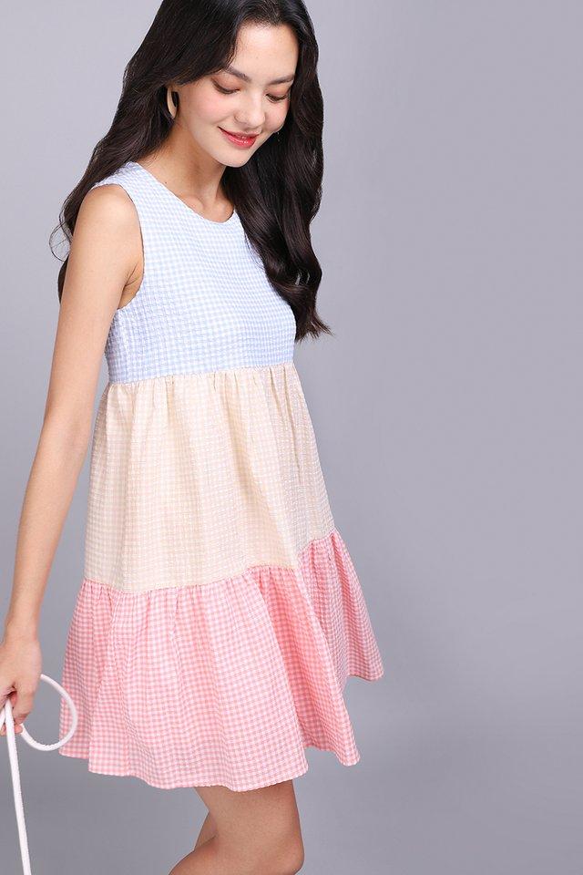 Colour Palette Dress In Sky Gingham