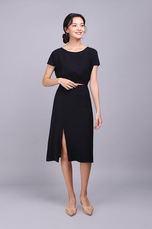 State Of Elegance Skirt In Classic Black