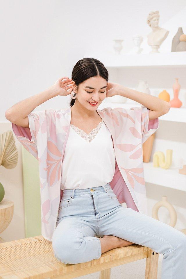 Spring Dreams Kimono In Pink Prints