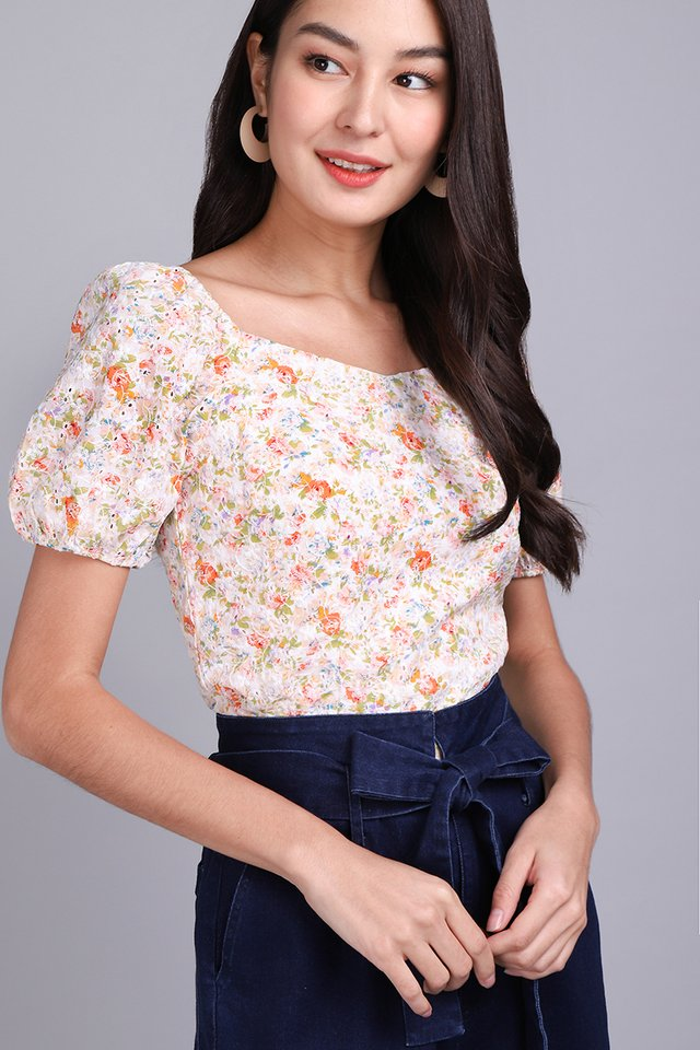 Most Hearted Top In Garden Florals