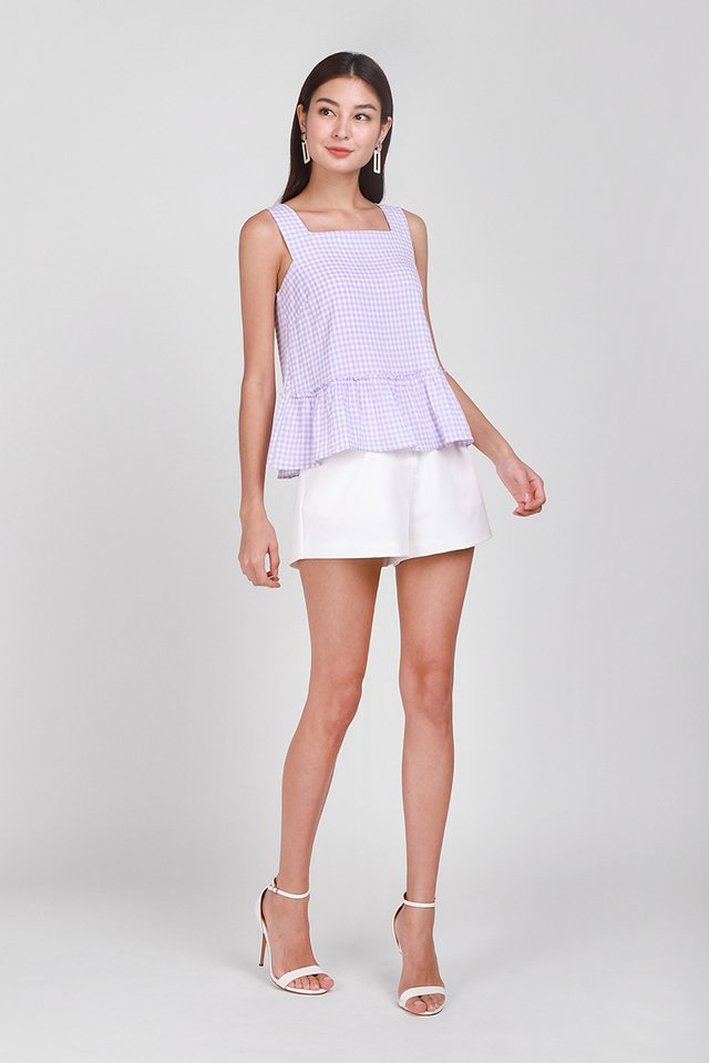 Chic Outlook Top In Lavender Gingham