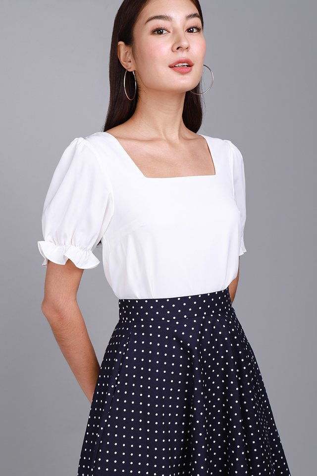Lighthearted Soul Top In Classic White