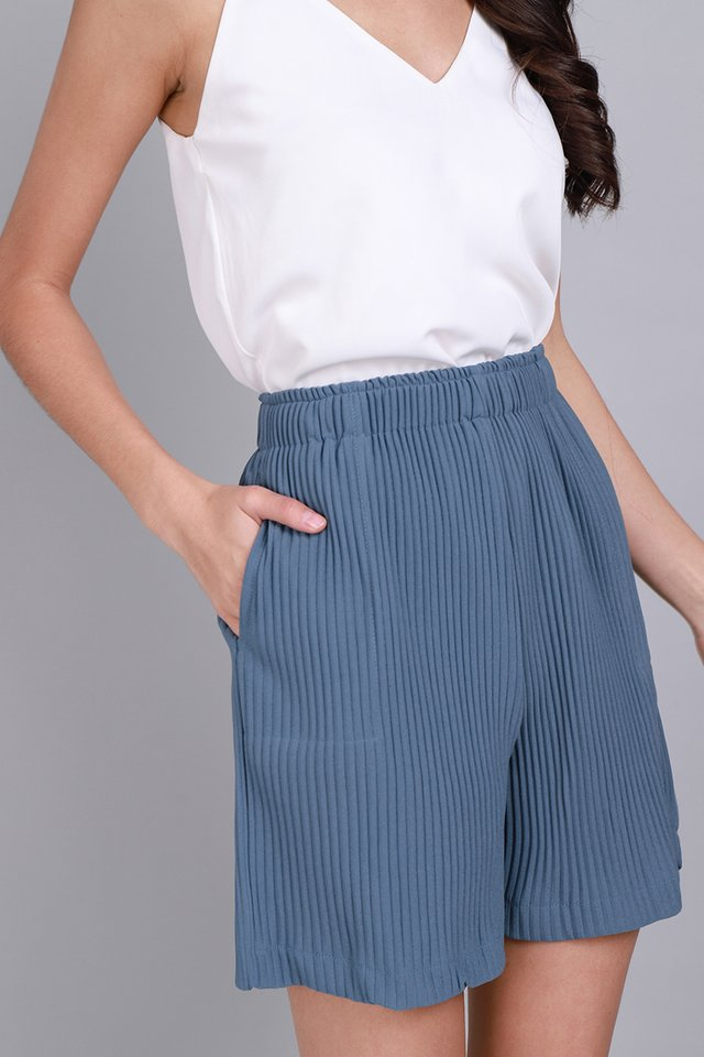 Noah Shorts In Muted Blue