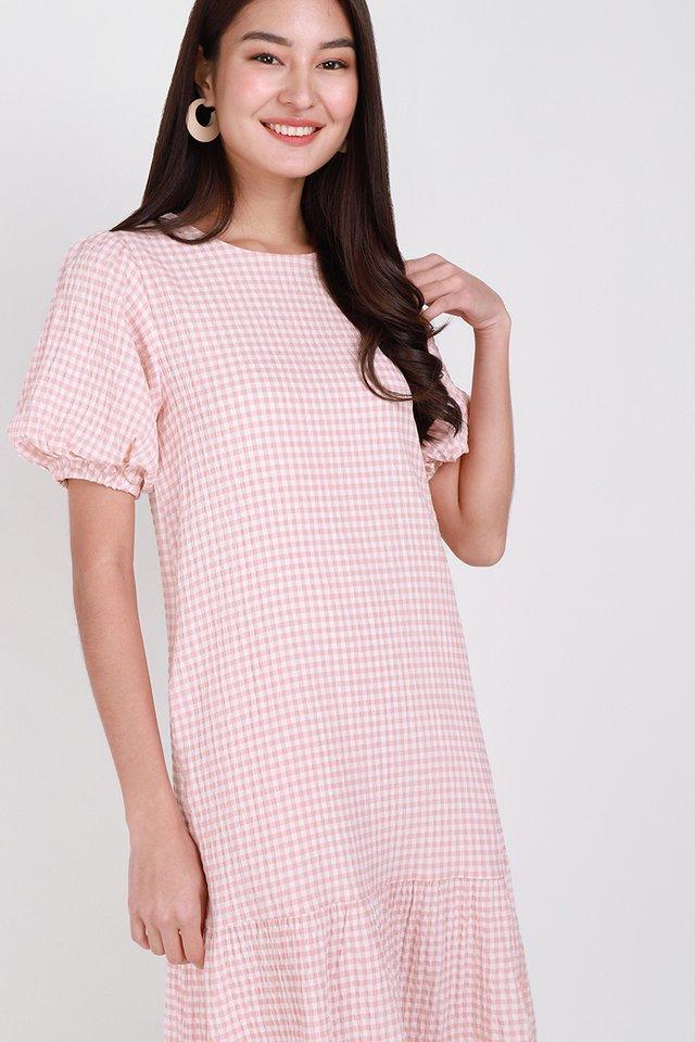 Idyllic Spring Dress In Pink Gingham