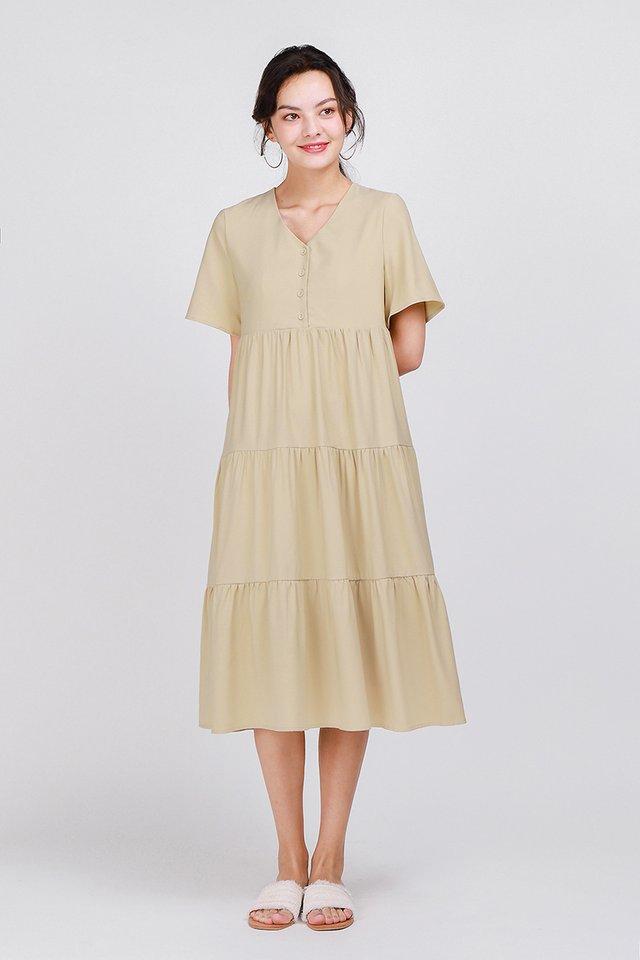 A Dreamy Romance Dress In Ecru