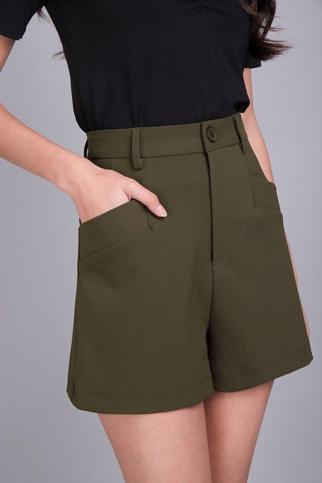 Nigel Shorts In Olive Green