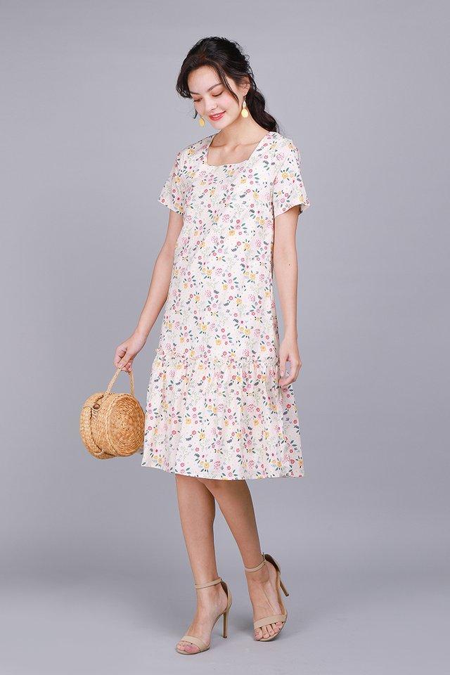 Bloom In Wonderland Dress In Poppy Florals