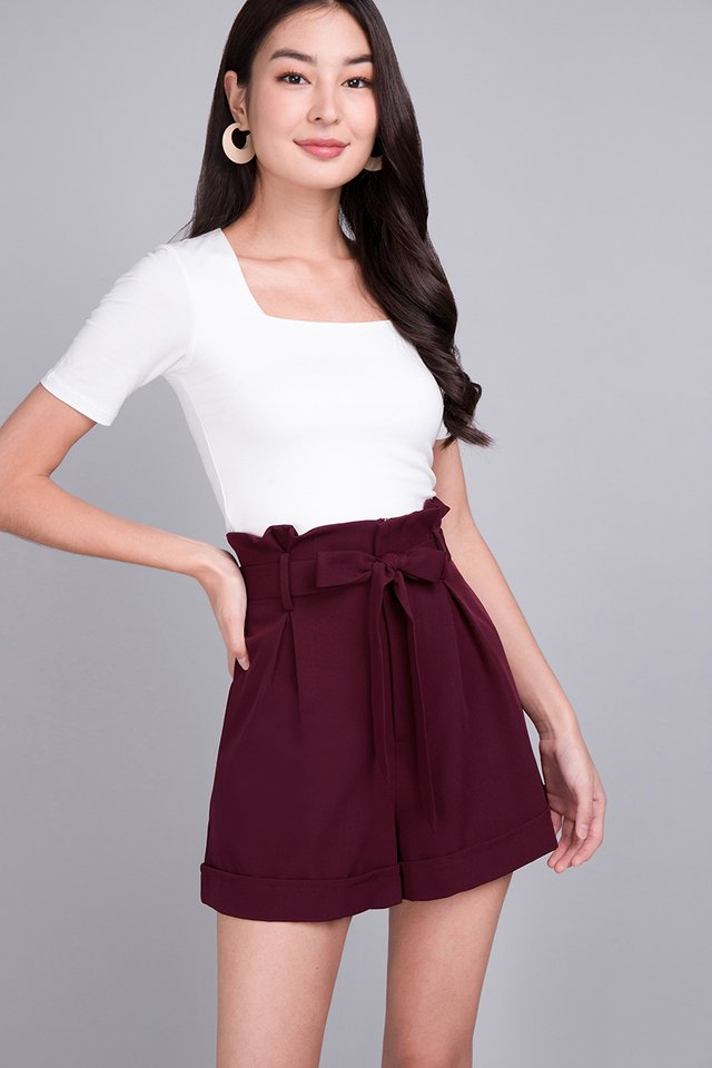 Logan Shorts In Wine Red