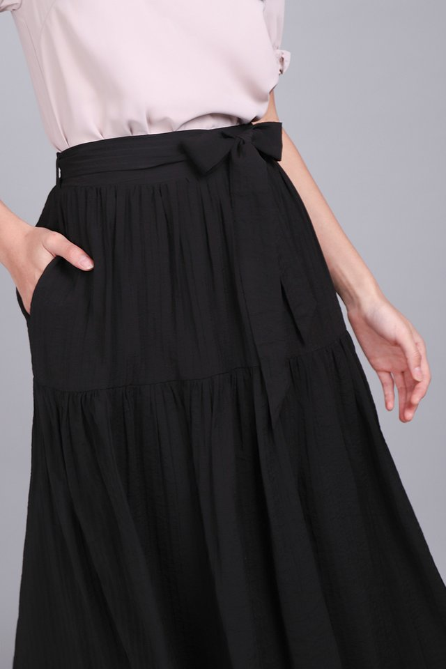 Way Through The Woods Skirt In Classic Black