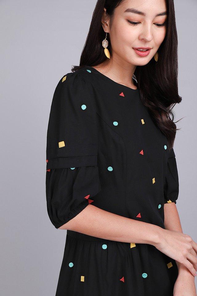[BO] Geometric Pattern Dress In Classic Black