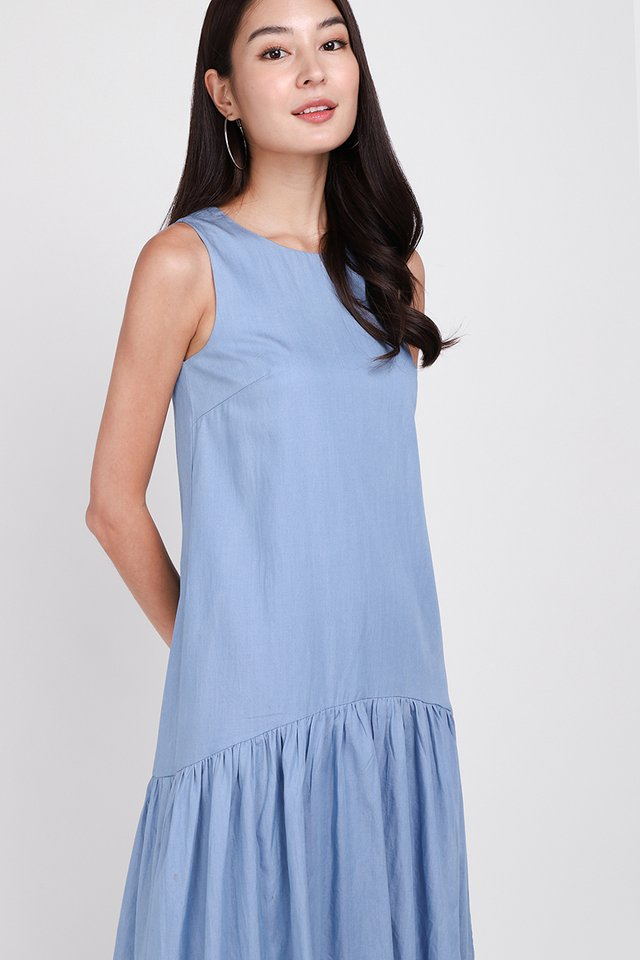 Journey To Remember Dress In Light Wash