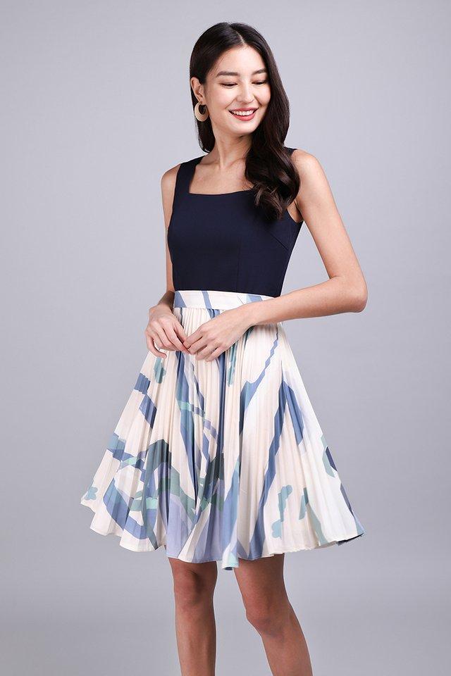 Creative Inspiration Dress In Blue Prints