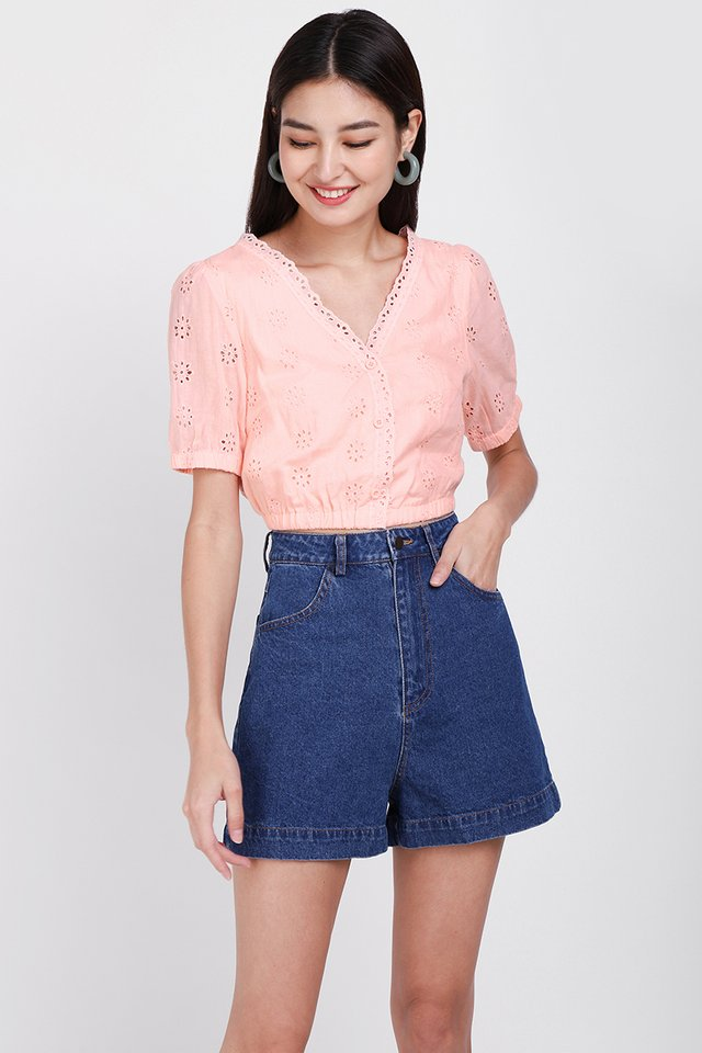 Summer Embrace Top In Apricot