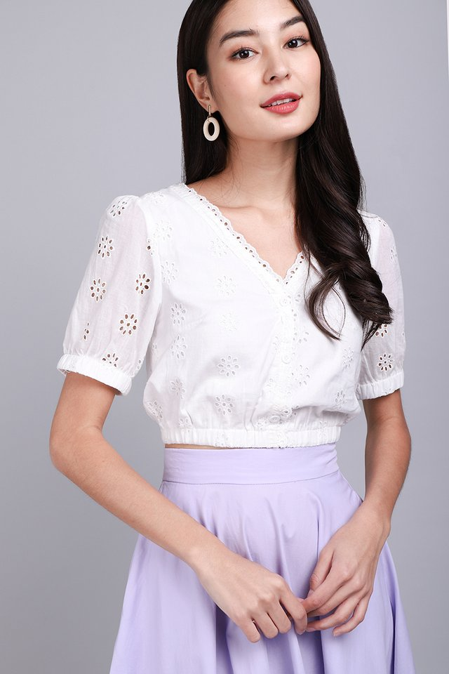 Summer Embrace Top In Classic White