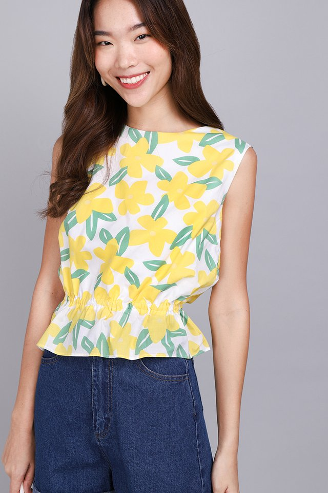 Dollops Of Sunshine Top In Yellow Florals