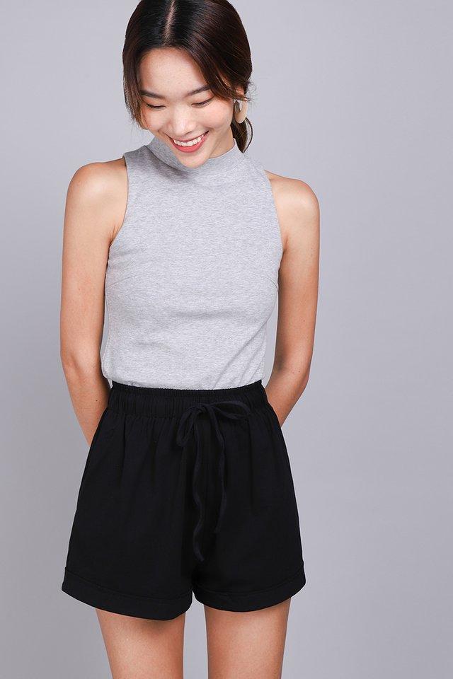Brie Shorts In Classic Black