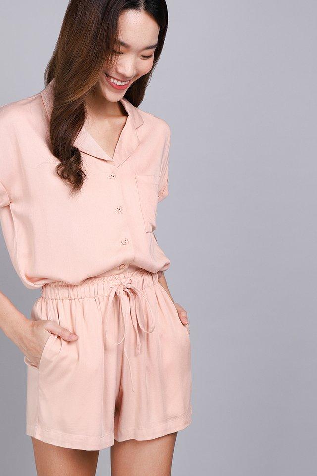 Cassie Shorts In Foam Pink